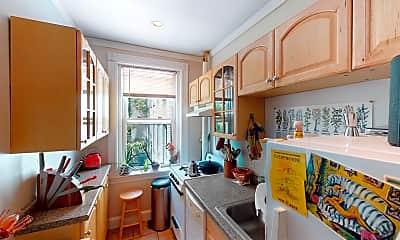 Kitchen, 33 Walbridge Street, Unit 18, 1