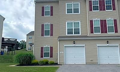 Building, 2221 Live Oak Ln, 2