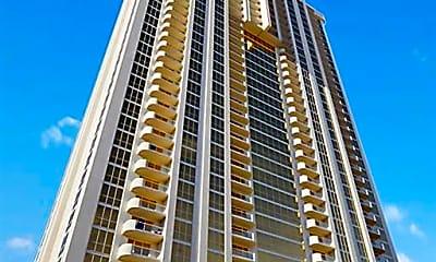 Building, 125 E Harmon Ave 2916, 2