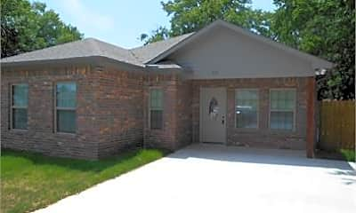 Building, 810 N Branch St, 0