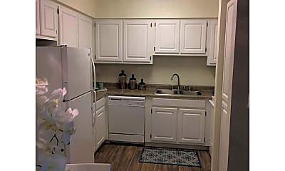 Kitchen, Sunset Pointe, 1