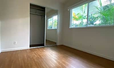 Living Room, 1607 Makiki St, 2