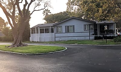 Casa Del Lago Mobile Homes, 0