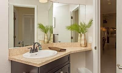Bathroom, 223 SW 42nd St, 2