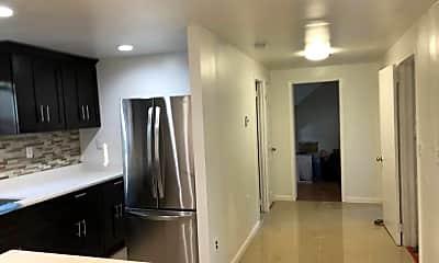 Kitchen, 19 E Lyons St, 2