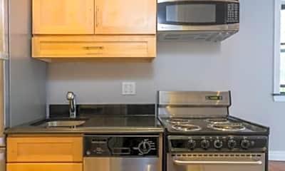 Kitchen, 333 E 35th St, 2