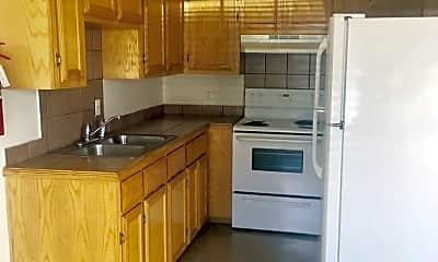 Kitchen, 1500 Del Oro Ln, 1