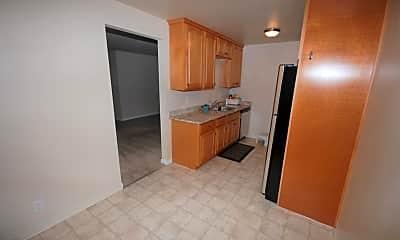Kitchen, 1328 Olive St 2, 1