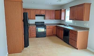 Kitchen, 3261 Sandersville Rd, 1