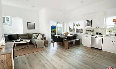 Living Room, 140 N Carondelet St, 0