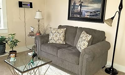Living Room, 707 N Hickory Ave 2B, 0