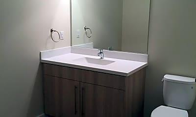 Bathroom, 625 W Freshwater Way, 2