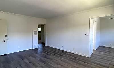 Living Room, 532 E Washington Blvd, 1