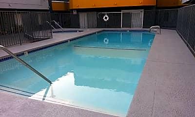Pool, Park Pointe, 1