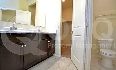 Kitchen, 4732 W Nutmeg Ave, 2