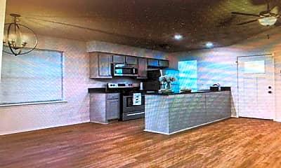 Living Room, 2703 Livingston Ave, 1