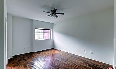 Bedroom, 108 N Orlando Ave 4, 2