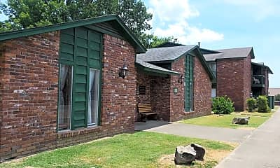 Building, 103 York Village Dr, 1