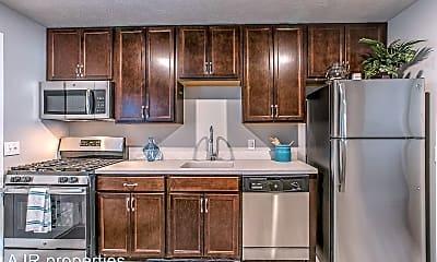 Kitchen, 37 Bluff St, 1
