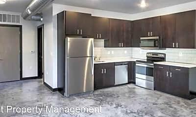 Kitchen, 627 Orchard Ct, 1