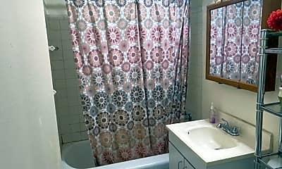 Bathroom, 175-45 88th Ave 2P, 2