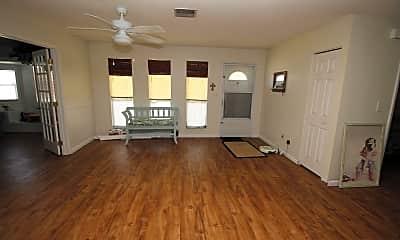 Living Room, 674 August St SE, 1