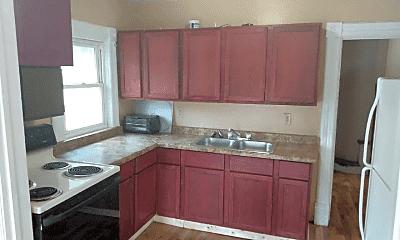 Kitchen, 5 E Custer Ave, 1