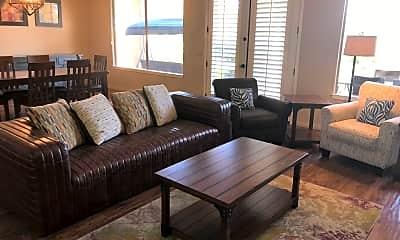 Living Room, 33317 N 71st St, 1