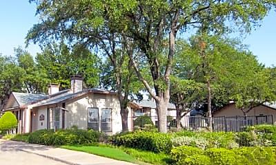Building, 1400 E Lamar Blvd, 1