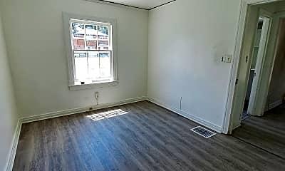 Living Room, 523 Delaware Ave, 2