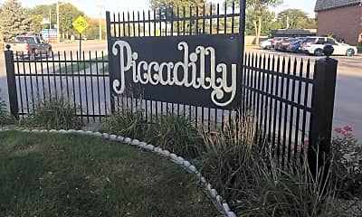 Piccadilly Square Apartments, 1