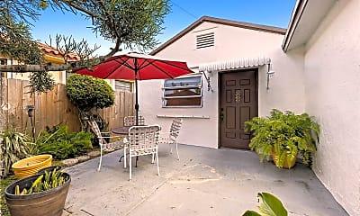 Patio / Deck, 2809 SW 23rd Terrace 2807, 0
