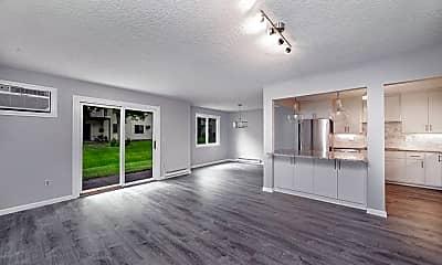 Living Room, 1601 Cohansey St. #101, 2