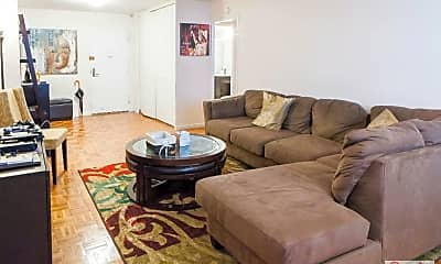 Living Room, 401 E 89th St, 1