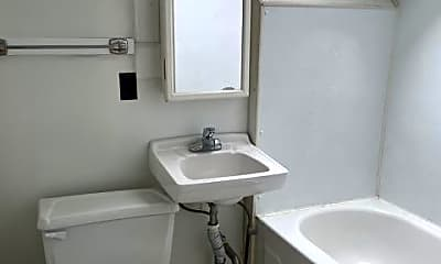 Bathroom, 625 Whalley Ave, 2
