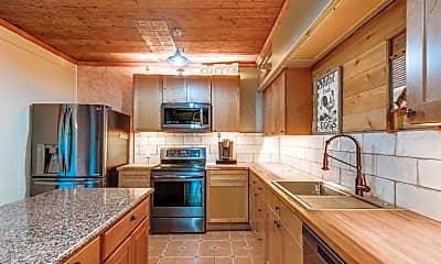 Kitchen, 309 E Brown St, 0