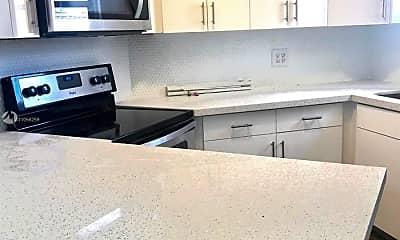 Kitchen, 8235 Lake Dr 407, 0