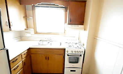 Kitchen, 456 13th Ave NW, 2