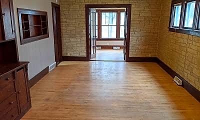 Living Room, 300 13th St SW, 1