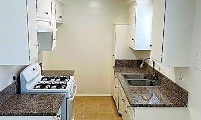 Kitchen, 6223 S Victoria Ave, 1