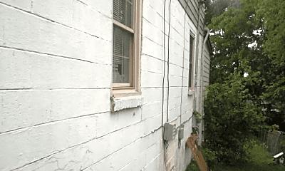 Building, 2828 Georgia Ave, 1