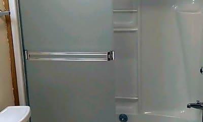 Bathroom, 9700-9718 SW North Dakota St, 2