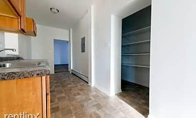 Bedroom, 4815 W Monroe St, 2