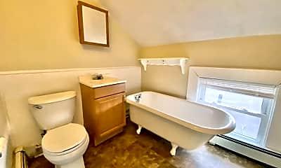 Bathroom, 46 Stewart St, 2