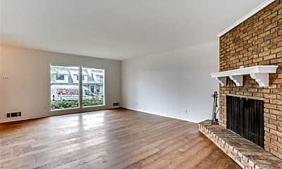 Living Room, 10638 Sandpiper Ln, 1