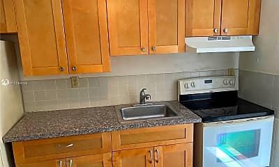 Kitchen, 2244 Madison St H, 0