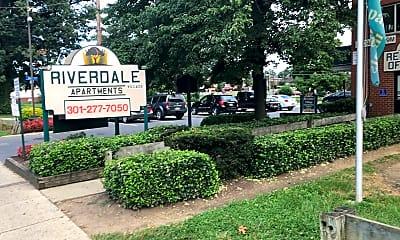 Riverdale Village Apartments, 1
