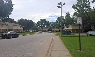River Glen Apartments, 2