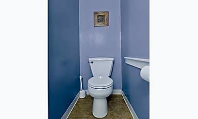 Bathroom, 14 Knowlton St, 2