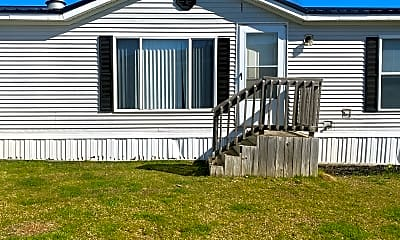Tyrone Woods Manufactured Housing Community, 1